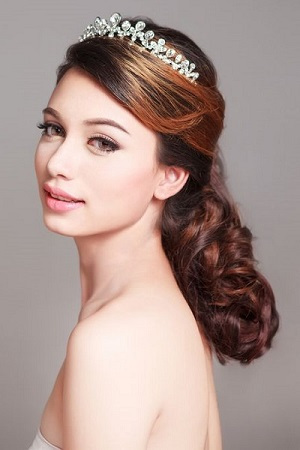 Vintage Bride's Hairstyle, Muse Hair Salon in Broadway, Worcestershire